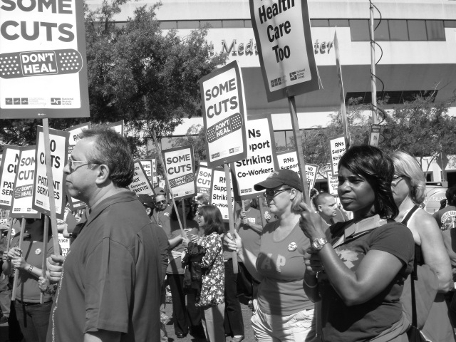 Sutter nurses strike; photo and article for News & Letters by David M'Oto